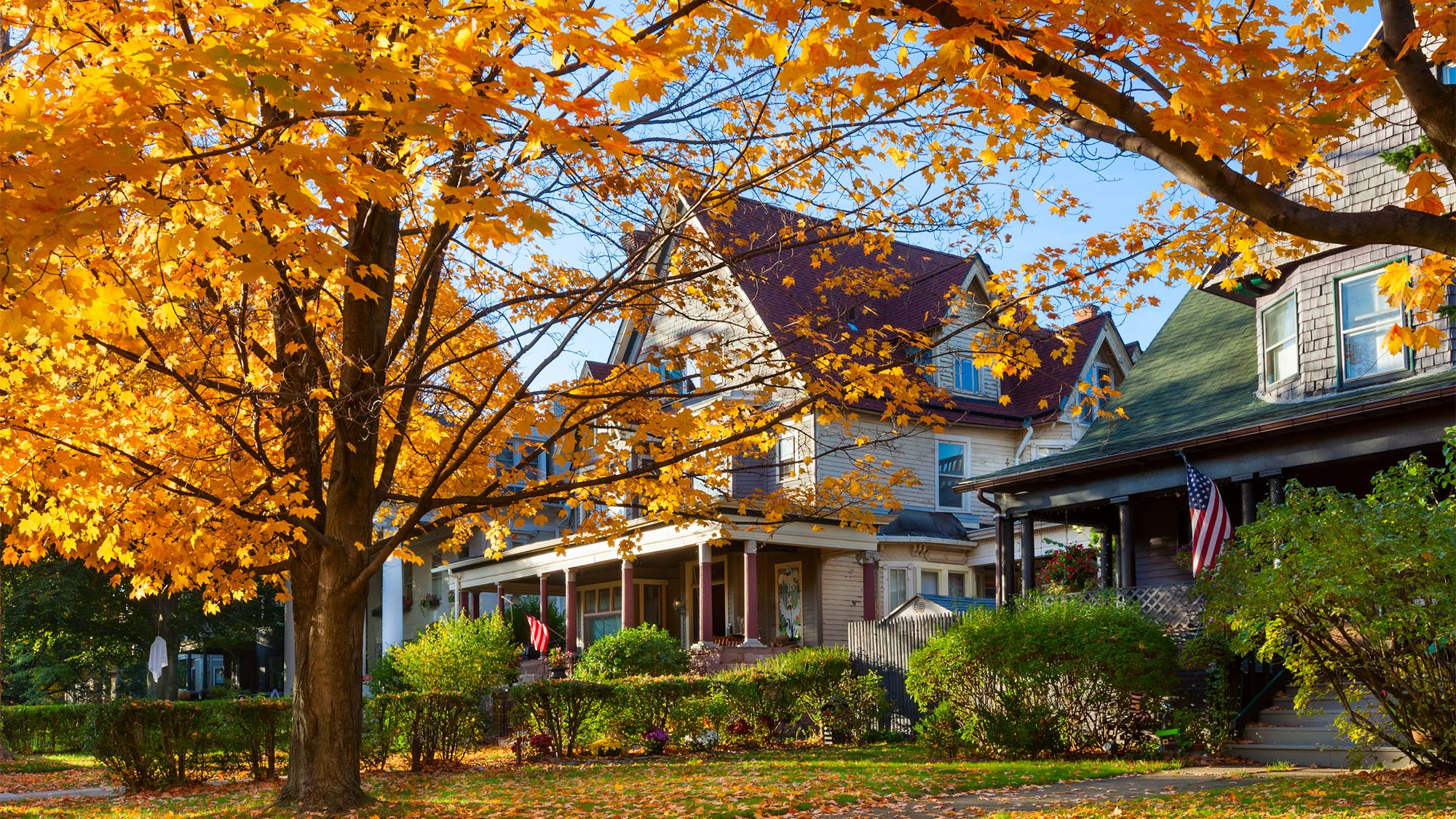 Reasons Fall Is the Best Time to Buy a Home